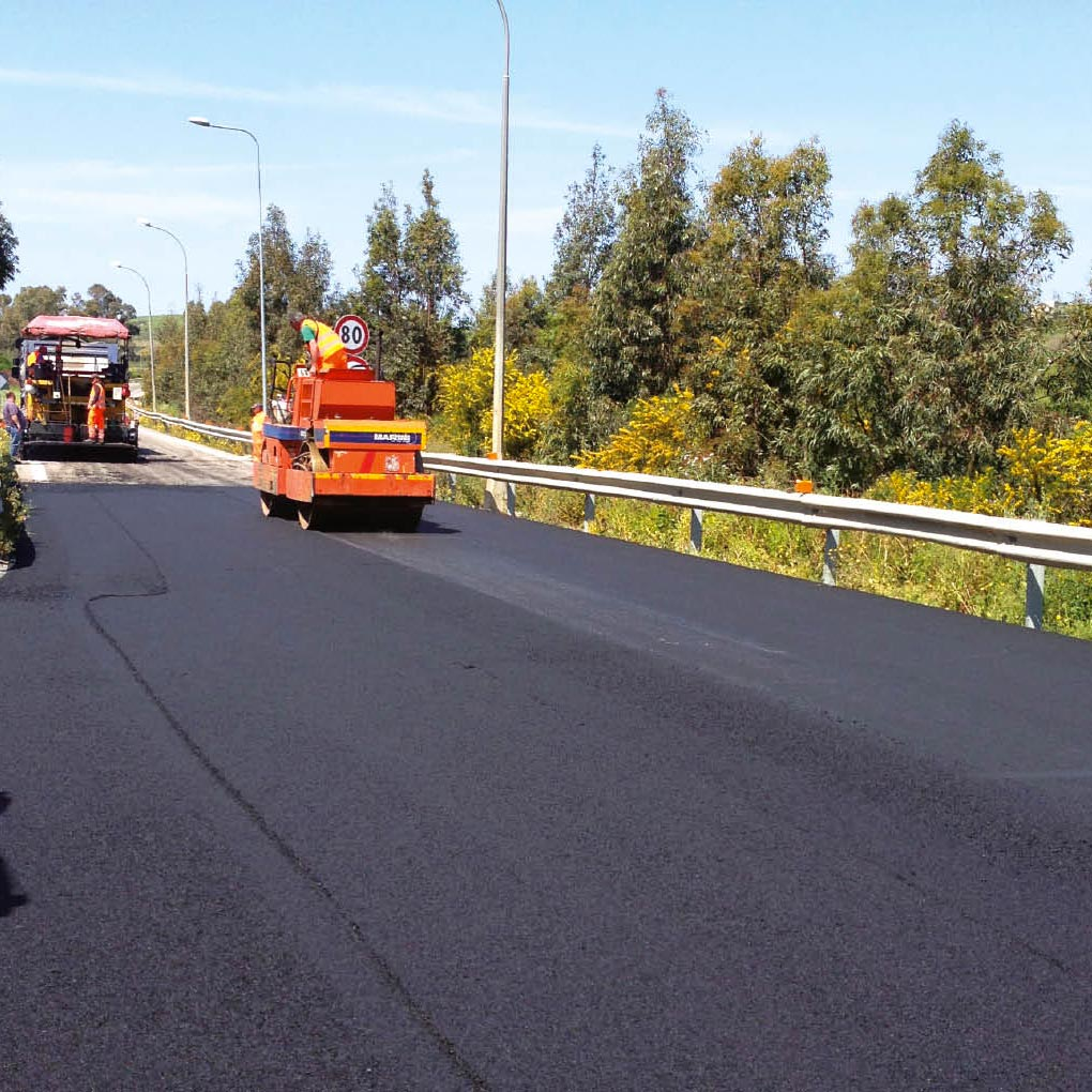 Asphalt Concrete Mixtures with Expanded Clay LWA