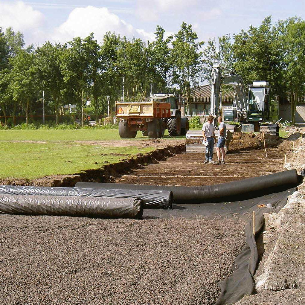 Sistemi di drenaggio per campi sportivi