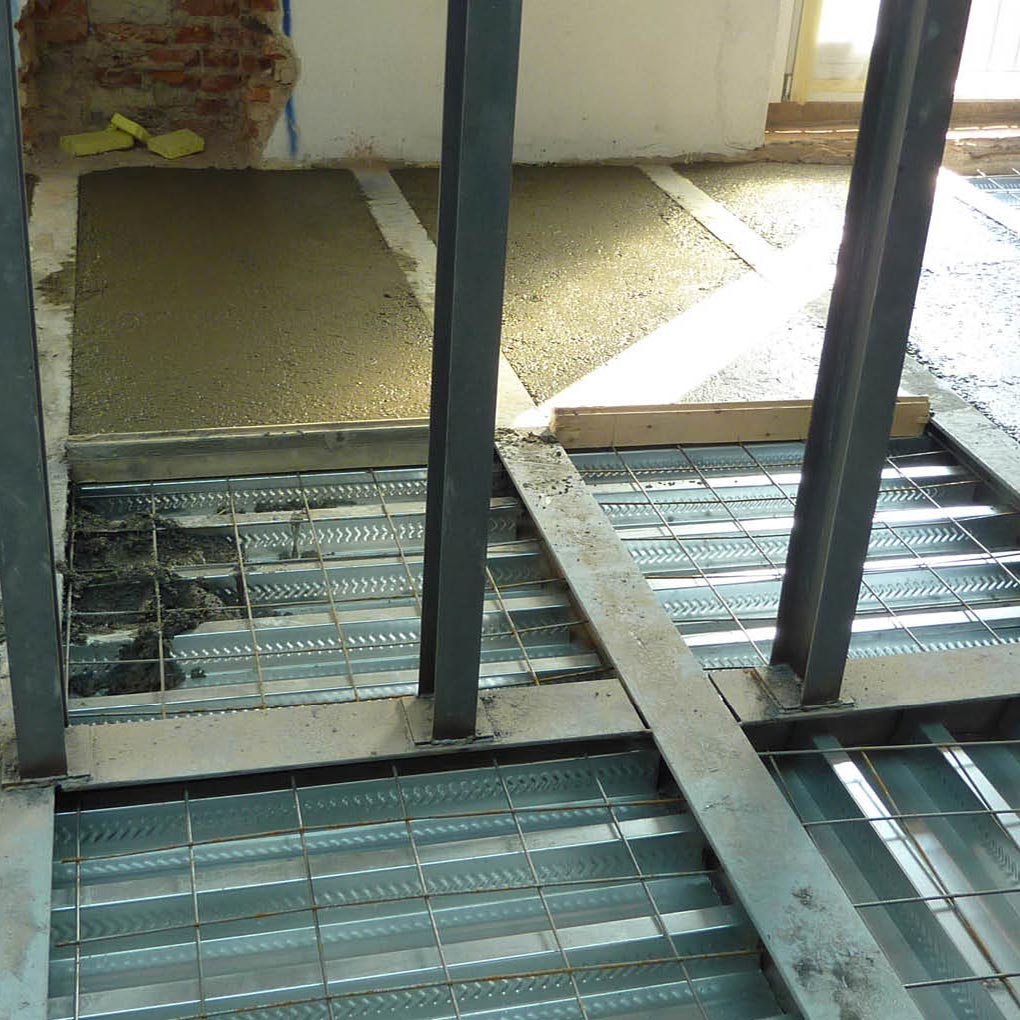 Timber-concrete composite floors, Steel-concrete Composite Slabs